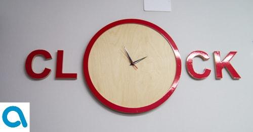 Креативные дизайнерскией настенные часы из дерева Clock купить в интернет магазине АзбукаДекор