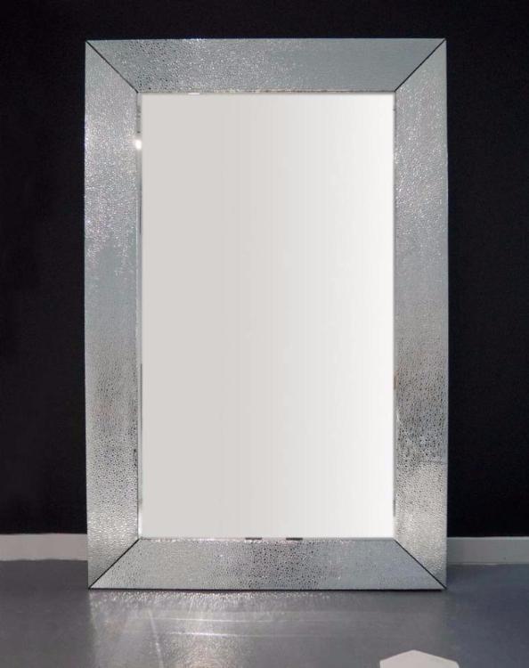 дизайнерское большое напольное зеркало в серебристой раме купить в интернет магазине АзбукаДекор.рф